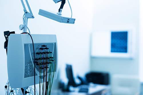 Elektroenzephalografie (EEG) bei Spannungskopfschmerzen