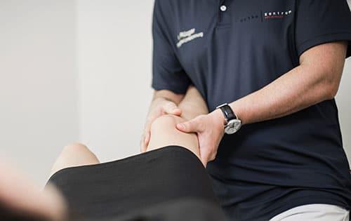 Behandlung bei Knieschmerzen