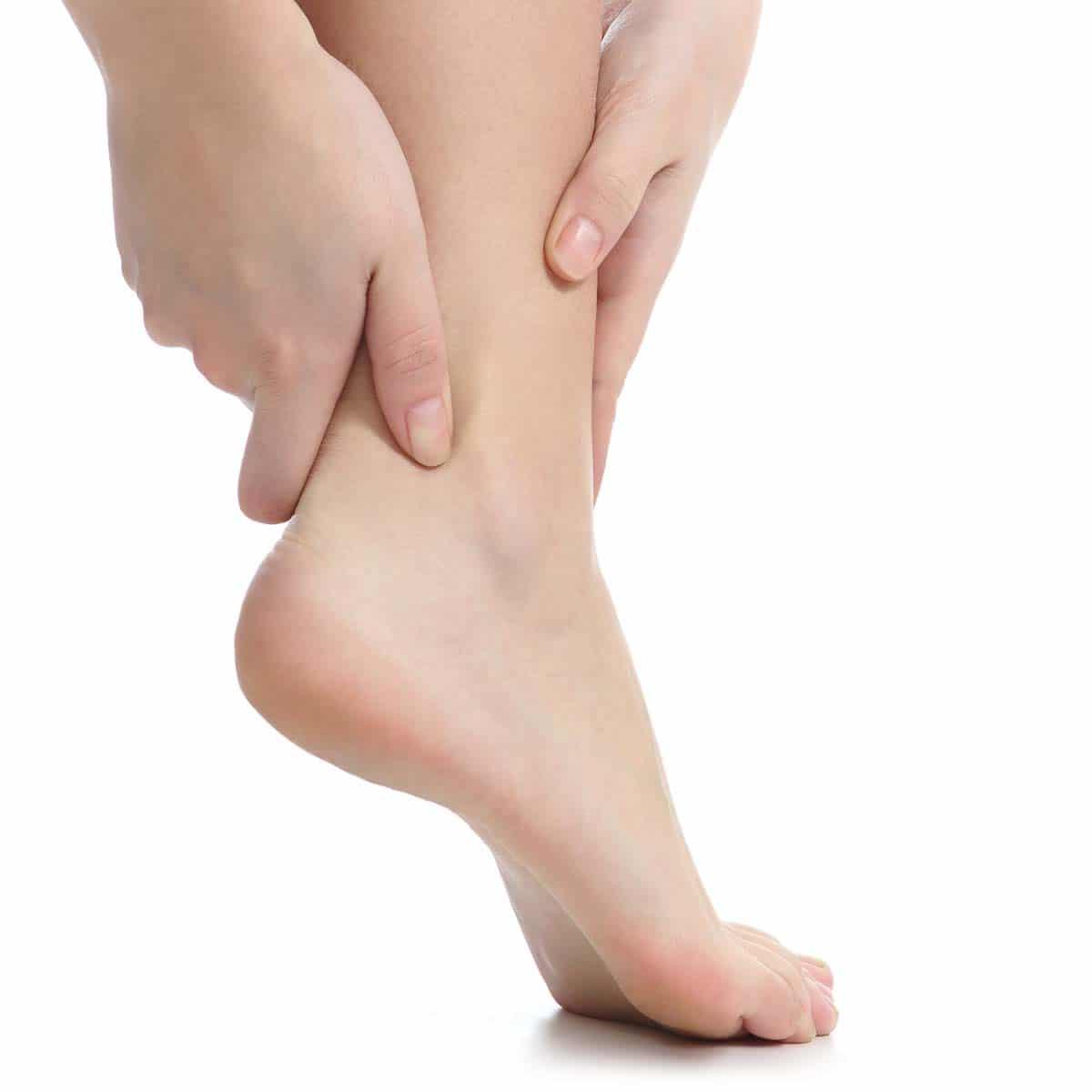 Schmerzen am Sprunggelenk, Fuß sowie Knöchel - Symptome einer Sprunggelenksarthrose