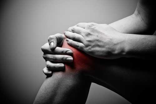 Schmerzen im Knie nach dem Golfspielen